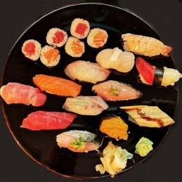 Assortiment de 12 sushi...